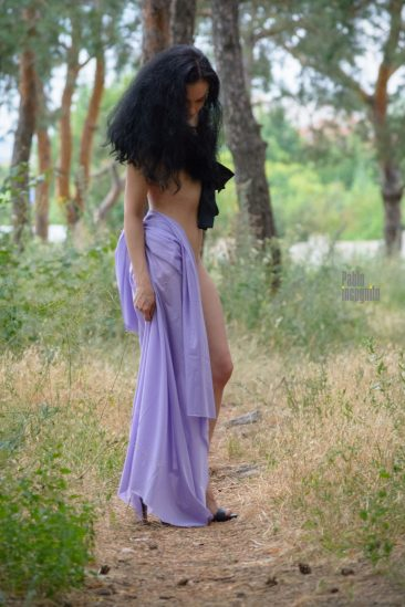 First nude photo session. Nude girl in the forest. Nude photo by Pablo Incognito