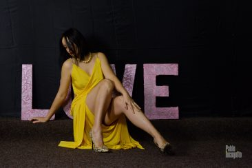 Glamorous photo session with elements of nude. Photo by Pablo Incognito