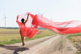 Delicate erotica. Nude girl in a transparent fabric in the wind. Nude photo by Pablo Incognito