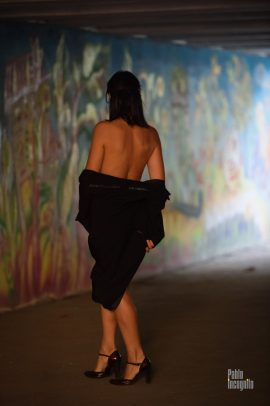 Nude photo session in the underpass. Bold and erotic nude model Iren Adler. Photographer Pablo Incognito