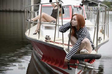 Glamorous photo session on a yacht, almost nude. Photo by Pablo Incognito.