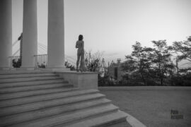 Naked girl in Odessa near the Vorontsov Colonnade. Nude photographer Pablo Incognito
