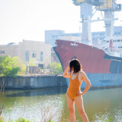 A half-dressed girl on the background of the ship. Nude photo by Pablo Incognito