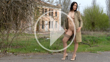 Iren Adler in stockings and a cloak over her naked body. Nude photo and video by Pablo Incognito