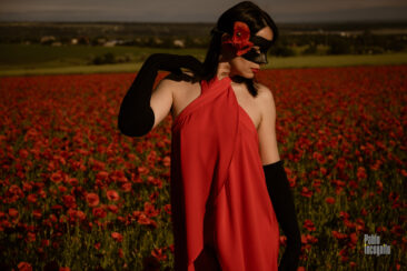 Nude photoshoot in poppies. Model Iren Adler. Photographer Pablo Incognito
