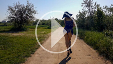 Walk along the road with striptease. Video by photographer Pablo Incognito
